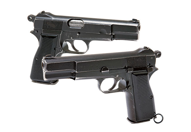 //www.firearmsnews.com/files/evolution-of-the-modern-military-pistol/canadian_no2_mk-1.jpg