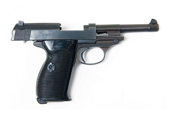 //www.firearmsnews.com/files/evolution-of-the-modern-military-pistol/walther_p38_1.jpg