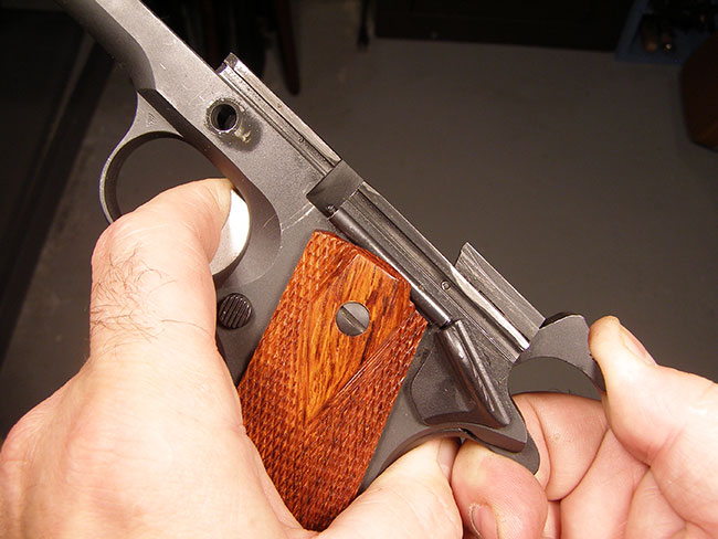 //www.firearmsnews.com/files/the-1911-adjusting-overtravel/overtravel-3.jpg