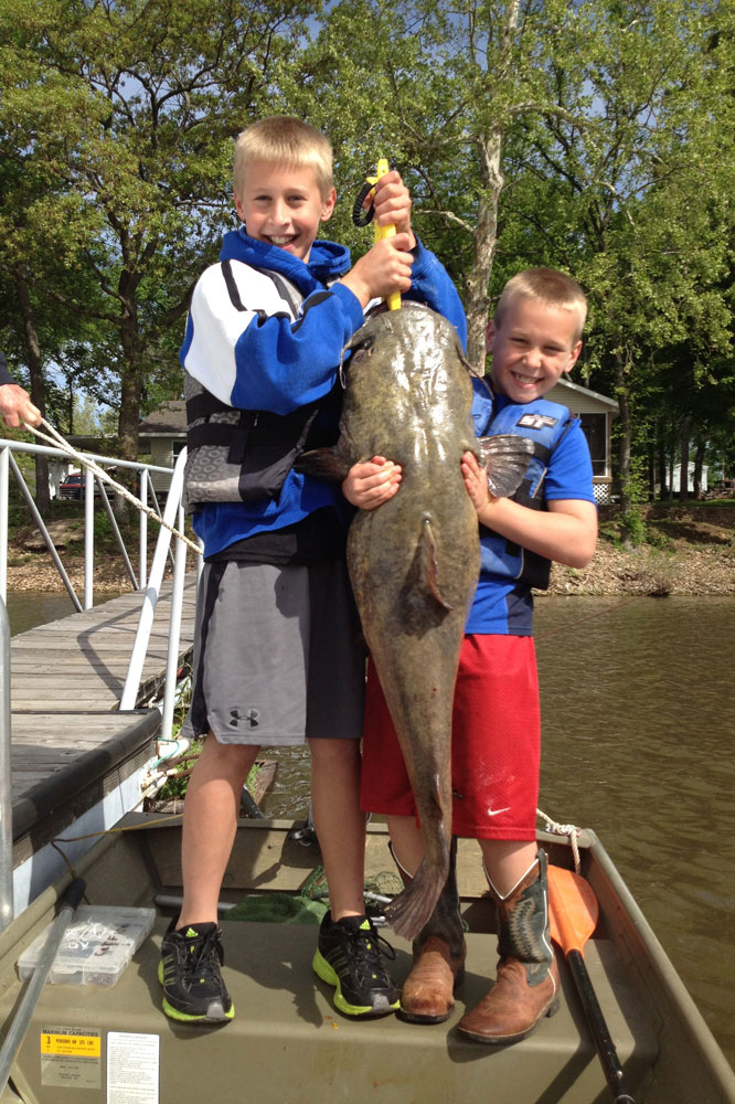 //www.gameandfishmag.com/files/12-best-states-for-catching-monster-catfish/oklahoma_1.jpg
