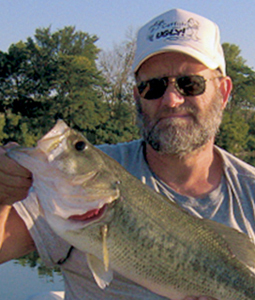 When bass fishing pro Art Berry wants to target bass in the hottest days of summer, he looks to San Diego's Lower Otay to provide all the action he needs.(August 2006)
