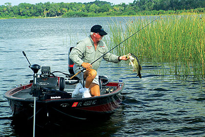 These four lakes can be red-hot for bass this month. Here are the places and patterns that should get you in the midst of that action. (March 2010)