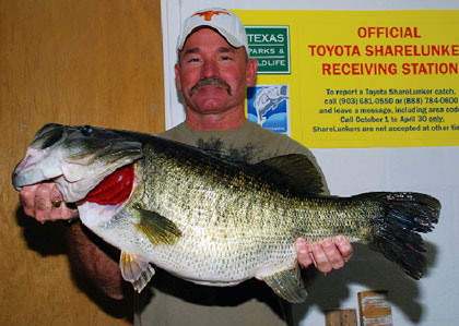 Huge Texas Largemouth Bass Caught in 2010
