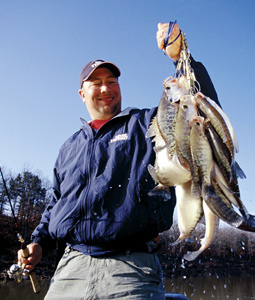 Sweet spots for catching slab crappie abound throughout the Sunflower State. Here are some that you're sure to find especially sweet this spring. (March 2008).