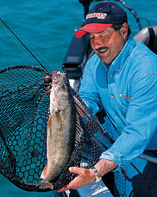 If you want to catch walleyes this month, keep your eyes on the action at these two North Dakota hotspots. (April 2006)