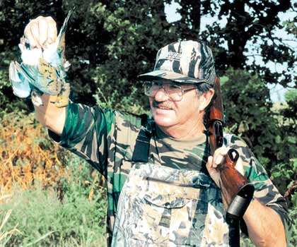 Clean your shotguns and load up on ammo! Dove season's about to begin in Kansas and Nebraska. (September 2008)