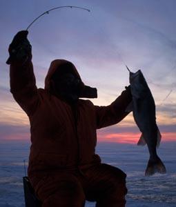 Great lakes great ice fishing for Ice fishing iowa