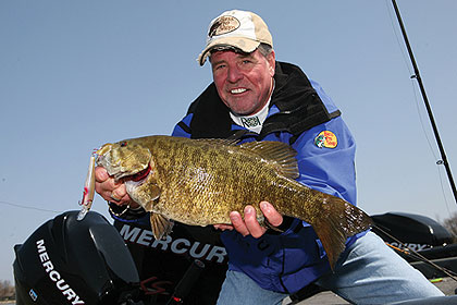 2010 Iowa Fishing Calendar