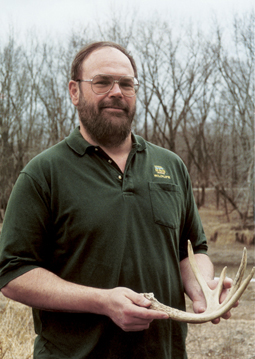 Biologist Willie Suchy has been at the center of Iowa deer management for nearly two decades. Here's his take on how and why things are changing. (August 2006)