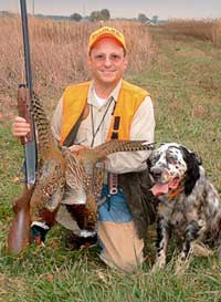 Opportunities abound for topnotch pheasant hunting in the Hawkeye State this fall -- you just need to know where find the birds. (Nov 2006)