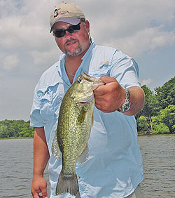 The southern portion of the Prairie State offers up plenty of fine, less-known largemouth waters where bass fishing after the spawn holds its own. (May 2009)
