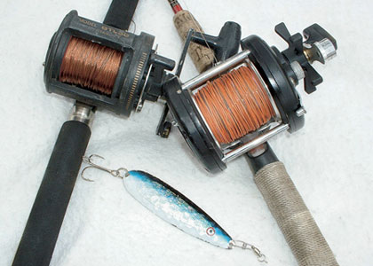 Summer's oppressive heat presents new challenges for anglers in search of tight lines with kings and steelies. Here's where and how to fish right now! (August 2007)