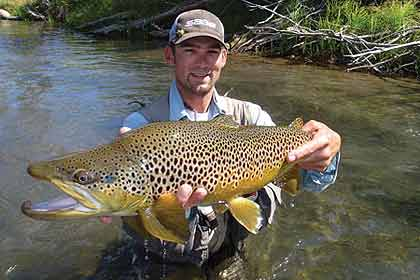 With many miles of stream to explore and big trout to boot, there are plenty of reasons to cast your fly or lure in this top-rated river. (April 2009)