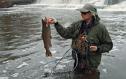 Make this year the time you beat the spring rush to our Great Lakes tributaries and catch some silvery rainbows in February. (February 2009)