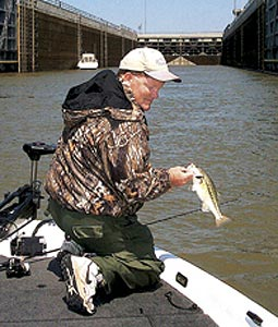 The pools along this northeast Mississippi waterway can provide some interesting angling at this time of year. Let's take a tour along them. (May 2007)