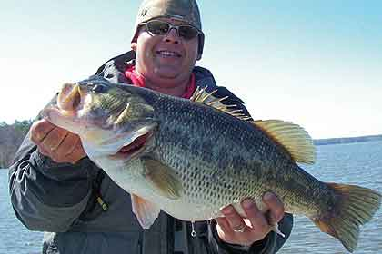 Whether spring rains flood the shoreline or not, these expert tips from a veteran guide will help you catch bass at Jordan. (April 2010)