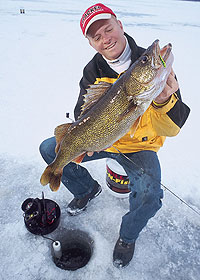 The empire state 39 s winter fishing smorgasbord for Ice fishing ny