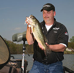 Southeast Ohio is the place to be for lunker largemouths this season. Our short list of five proven hotspots will keep you going all summer! (May 2009)