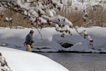 The anglers may be gone, but the trout are still hungry. Bundle up for cool tailwater action. (February 2008).
