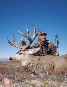 At first glance, Colorado's Eastern Plains seem empty and desolate. Look again! This bowhunter did and found those flatlands flush with monster mule deer and whopping whitetails. (Dec 2006)