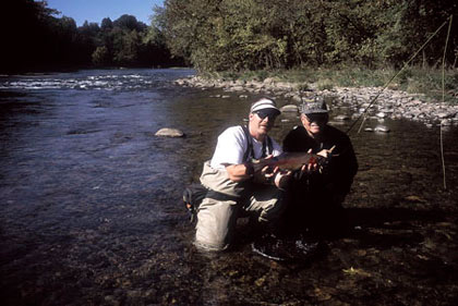 Tennessee's trout-holding tailwaters are a coldwater fishing paradise for everyone from youngsters with cans of worms to fly-anglers with the finest gear. (April 2008)