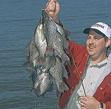 Pineywoods pros talk crappie for Bob fish west bend