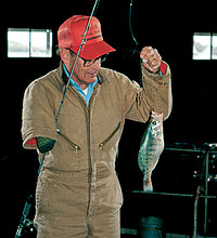 Why suffer frostbite while trying to take crappie at open reservoirs around the Metroplex? Instead, you could be catching slabs in climate-controlled comfort at these prime fishing spots! (February 2006)