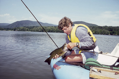 Here's the latest on the fish kills that are threatening some of our major smallmouth rivers -- and our forecast of the best rivers and lakes to fish this coming year. (February 2008).