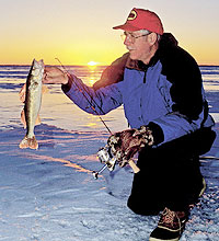 Wisconsin is full of hardy folks who love fresh fish filets no matter what time of year. You can experience part of life's rich fabric at these hotspots for walleyes, panfish and more! (December 2005)