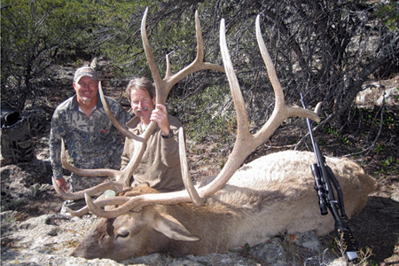 Several units in Arizona will produce trophy bulls this fall. Photo by Lance Crowther.