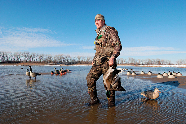 Large rivers hold large aggregations of mallards. Hunting them successfully requires realistic decoys -- and lots of them. Photo by Mike Marsh.
