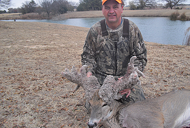 A look at Russell Nickel's incredible Oklahoma cactus buck!