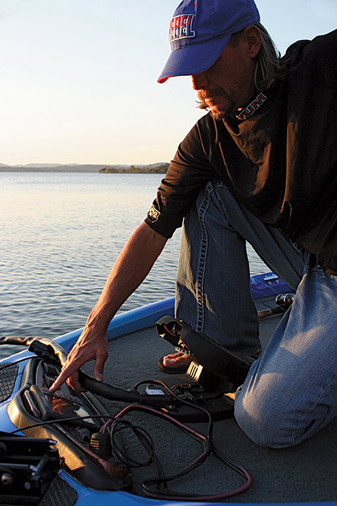 If you're using your fish finder the same way for bass and crappies, you might be missing out on a lot of slab action.