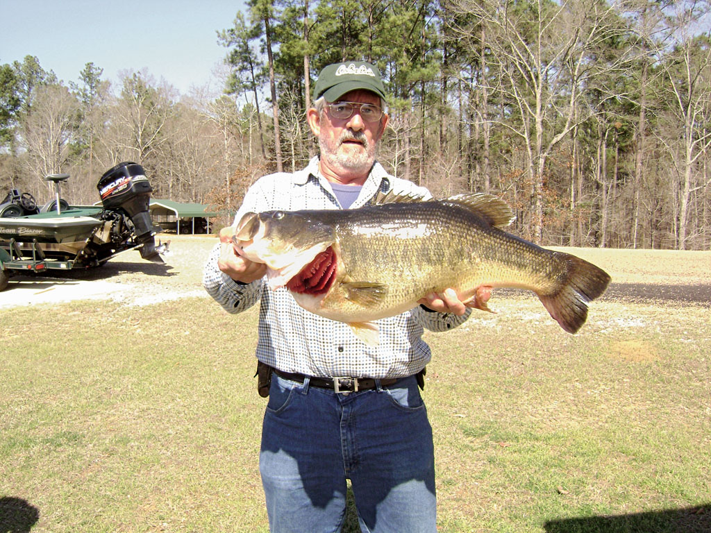Bass anglers in Mississippi are blessed with an abundance of outstanding opportunities to
