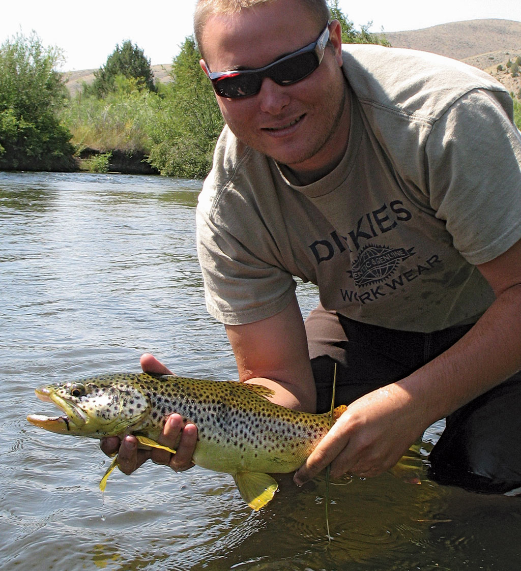 Montana salmon fly hatch game fish sportsman for Hatch fly fishing