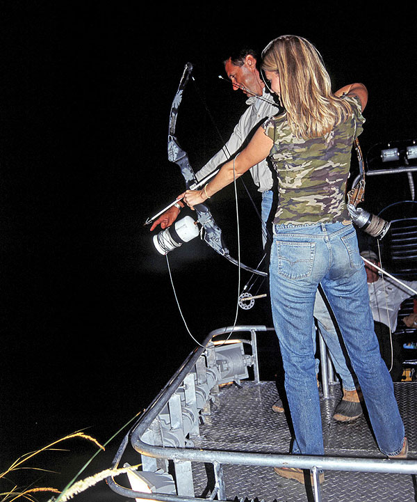 Saltwater bowfishing game fish for Bow fishing bow