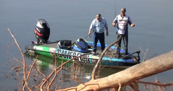 http://brightcove=2132786425001 Our short video shows how you can catch spring crappie without