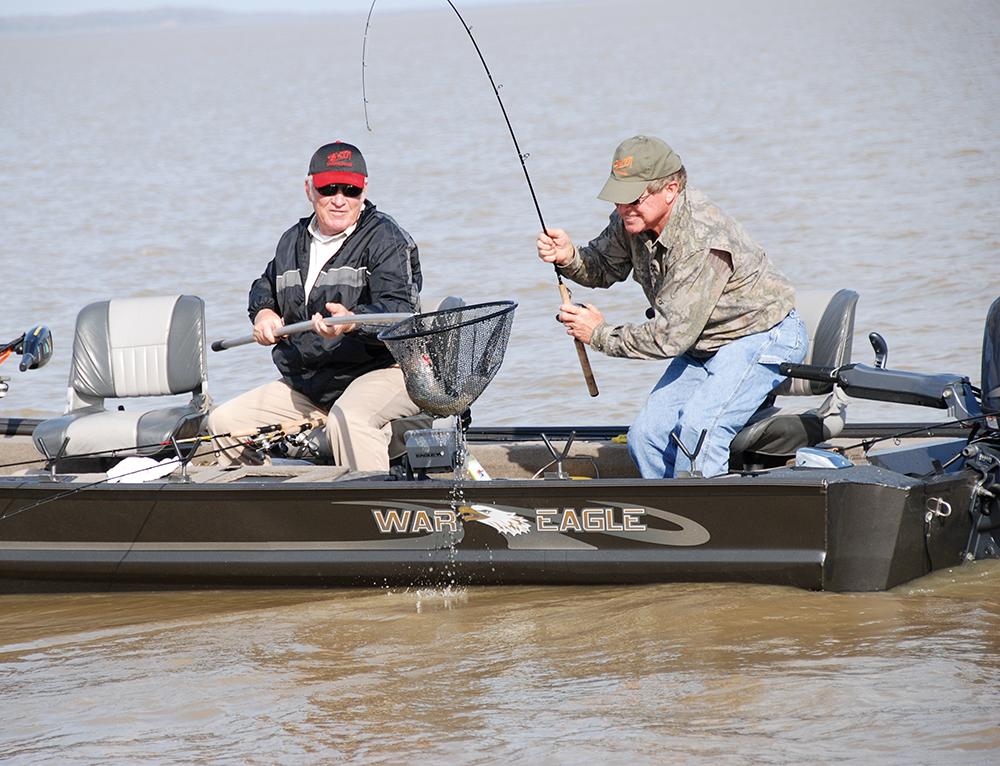 Mississippi crappie fishing, largemouth bass, bass fishing, LMB, catching bass