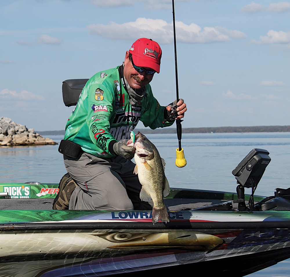 Top Places to Go February Bass Fishing in Texas