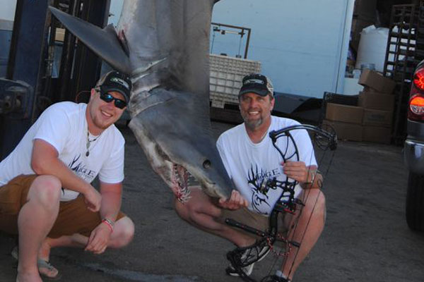 Bowfisherman Lands New World Record Mako