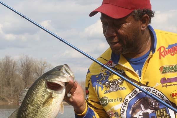 Arkansas 2015 fishing calendar game fish for Arkansas game and fish forecast