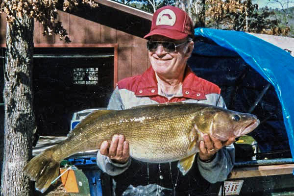 10 biggest walleye world records ever landed game fish for Walleye fishing in missouri