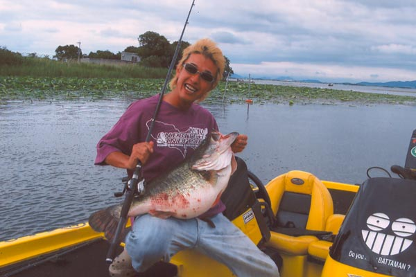 Récord Mundial All Tackle IGFA de Bass Largemouth / Lobina Negra con vídeos... Kurita_All_Tackle