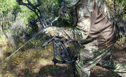 Most of the time a single-pin whitetail hunter will set his sight and leave it. Occasionally a