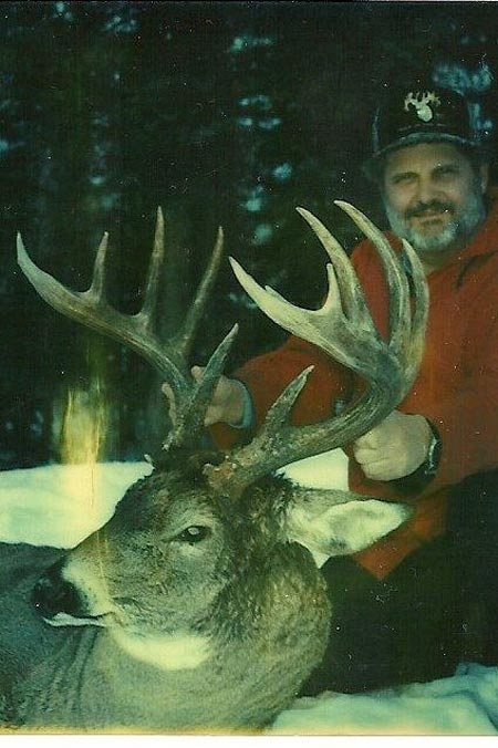 Another massive Canadian buck, this one from Saskatchewan. Carson and Dick Idol began taking clients on guided hunts there long before anyone ever knew about the big-buck potential in the prairie provinces.