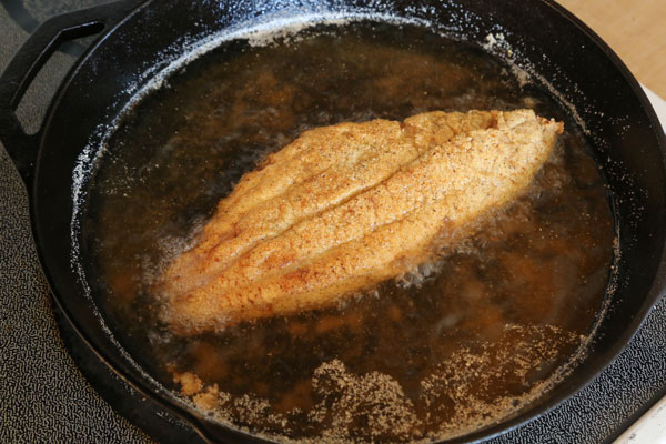 how to fry fish with flour and cornmeal