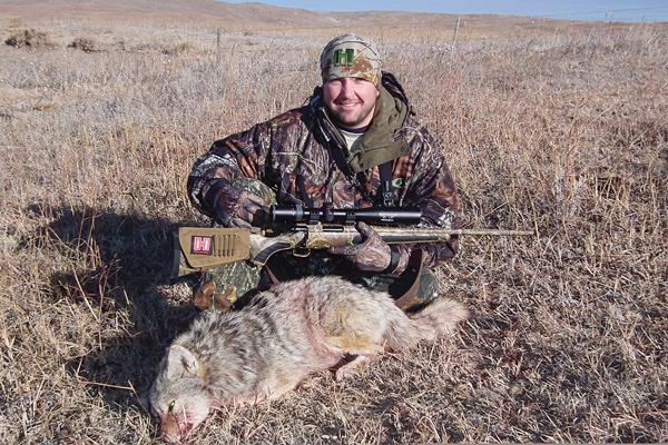 Guns & Loads for Long-Range Coyote Hunting