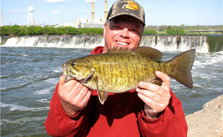Are you ready for a summer bass bonanza all across Minnesota? Here's how to find some great