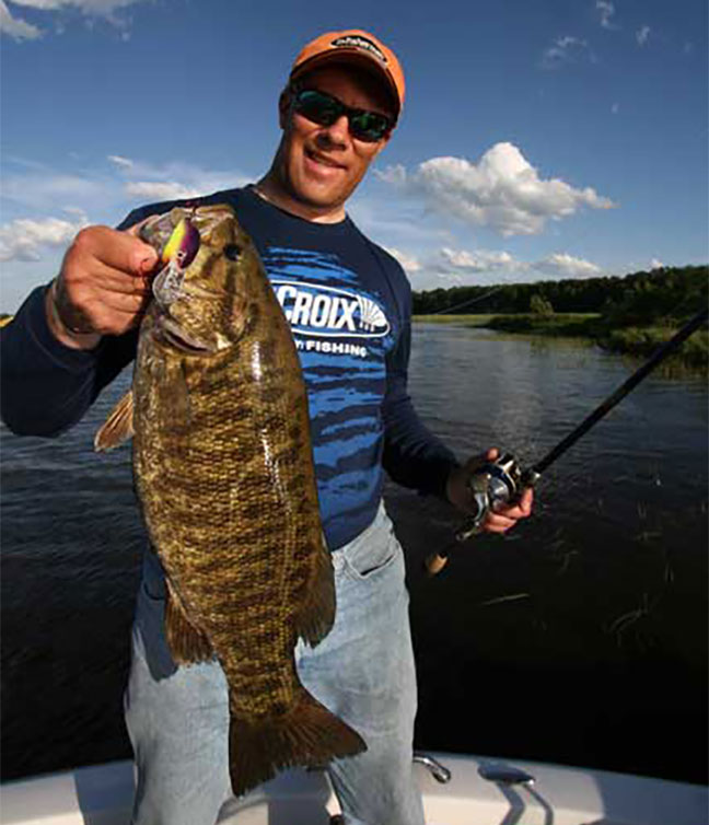 Michigan fishing 6 smallmouth hotspots game fish for Mullett lake fishing