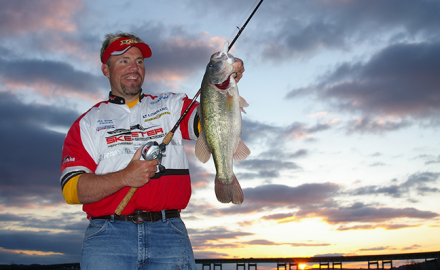 Do you like to catch bass? So do we, and that's especially true on these fine waters around the